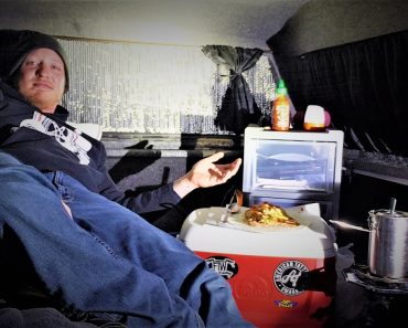 Cooking Trash Can Burritos in my Truck [TRUCK CAMPING]